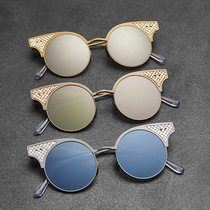 Bottega Veneta藉2016年举办的周年纪念活动之际,推出限量版BV15太阳眼镜