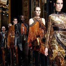 Suzy巴黎时装周:Balmain狂野之路