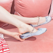 芭蕾鞋不只舒适,这么穿更时髦-缪斯示范