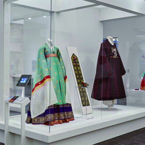 Couture Korea: From Far East to West Coast-Suzy Menkes专栏