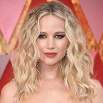 烈焰紅唇:女明星們用唇膏驚艷紅毯的經典瞬間-彩妝