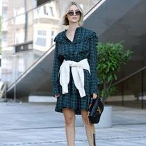换季尴尬期 外套这样系身上挡风凹造型兼备 -时尚街拍