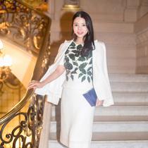 余晚晚出席巴黎時裝周 即將攜Yu Holdings推出眾多項目-時尚圈