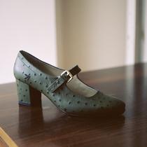 你是 Manu Atelier 包包粉絲嗎?現在你也可以買她們的鞋子啦-時尚圈