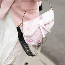 Dior最值得投資的馬鞍包 沒想到新季居然那么美-時尚圈
