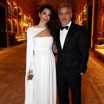 为什么Amal Clooney永远都穿不错?-风格示范