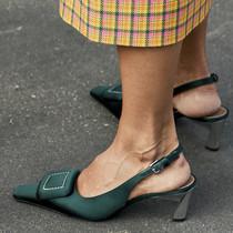 这个夏天一定要入缎面单品,因为它们消暑又时髦-衣Q进阶