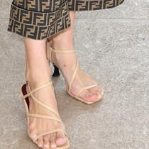 不管是埃及、希腊还是罗马脚,方头鞋什么脚都能穿好看-衣Q进阶