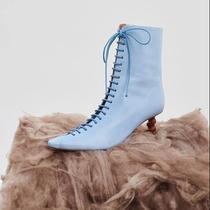 全世界最红的ins博主 冬天都买这几双鞋-缪斯示范