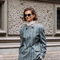 用一件高领毛衣 给穿搭做减法-时尚街拍