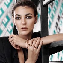 I AM THE ONE #无可T代#  蒂芙尼呈现全新摩登力作Tiffany T1系列珠宝-行业动态