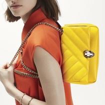 BVLGARI宝格丽邀你时髦入夏 明丽雏菊色系Serpenti系列包袋点亮惬意夏日-品牌新闻