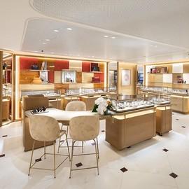 全新卡地亚香港机场精品店重新开幕 启航迈向新里程