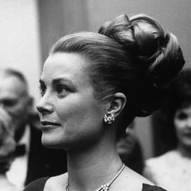 欧洲最美叛逆公主:穿着Chanel长大、Gucci为她设计系列