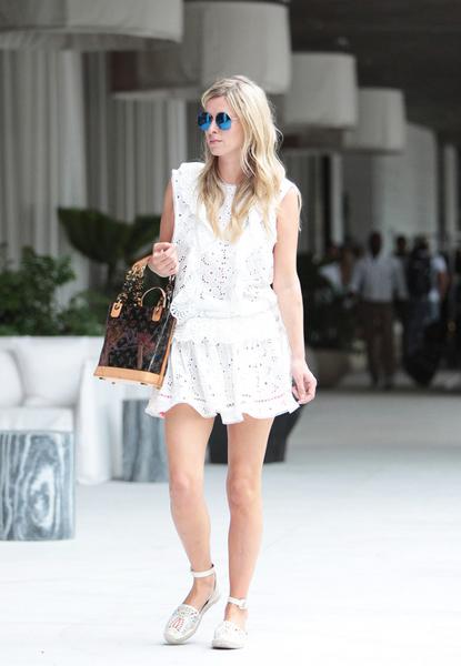 应对6种风格 一条小白裙就省心了