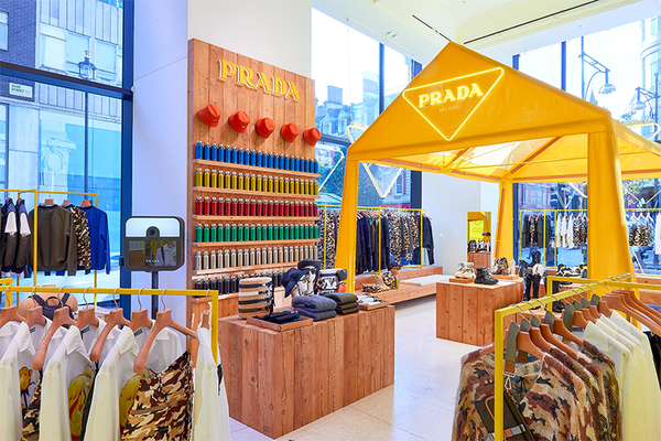 PRADA ESCAPE进驻SELFRIDGES CORNER SHOP