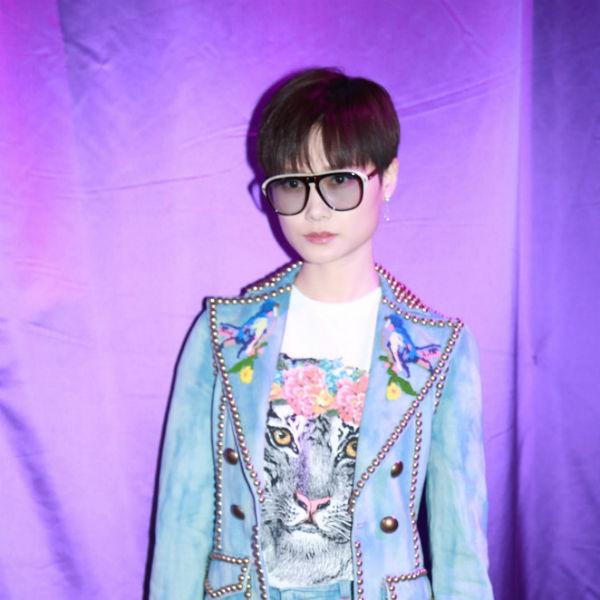 李宇春惊艳亮相Gucci米兰时装周大秀
