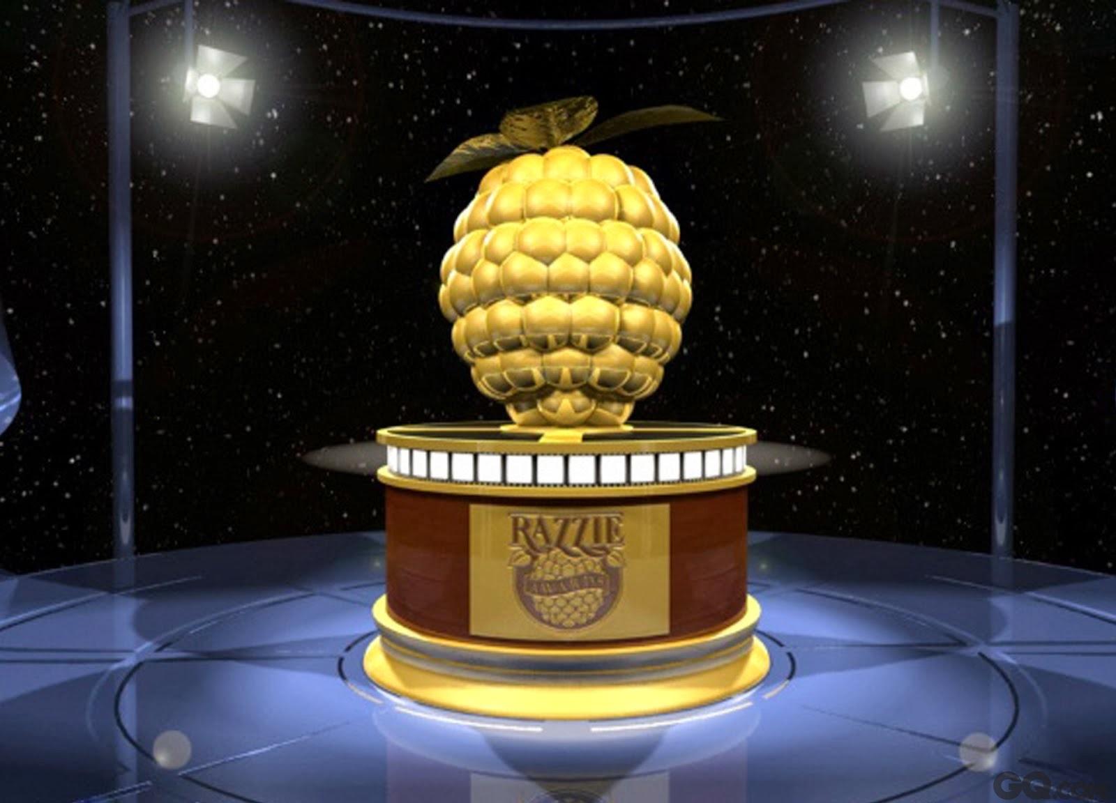 """论起出身,金酸莓奖远不如来自美国电影艺术与科学学院的奥斯卡奖高贵,原本只是影迷们自娱自乐的活动,在制片人约翰·维尔森的客厅中颁发,但是随着该奖项的娱乐性、话题性等因素,近年来呼声逐渐高涨,已经成长为一个关注度很高的评选活动,拥有一个由电影从业者、专家和影迷组成的500人评审团。所以说,金酸莓奖虽然有着一个娱乐性的出身,但是它并非是一个专注于""""恶搞""""的娱乐庆典,而是日渐成长为一个真正具有专业性、权威性、公平性的真正""""大奖""""——当然,它还具备其他奖项所不具有的""""哀其不幸,怒其不争""""的情怀。"""