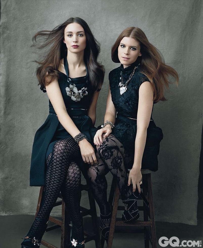 鲁妮的演艺之路是随着姐姐凯特·玛拉而踏入的。鲁妮与姐姐凯特,后者出演了《纸牌屋》鲁妮先是在《法律与秩序》《急诊室的故事》等剧集及《新猛鬼街》一些小成本电影中客串过一些小角色之后,2010年,她得到大卫·芬奇的青睐,在《社交网络》中饰演马克·扎克伯格的虚构女友埃里卡。戏份不多,但开场她和杰西·艾森伯格的对手戏是全片的亮点之一。