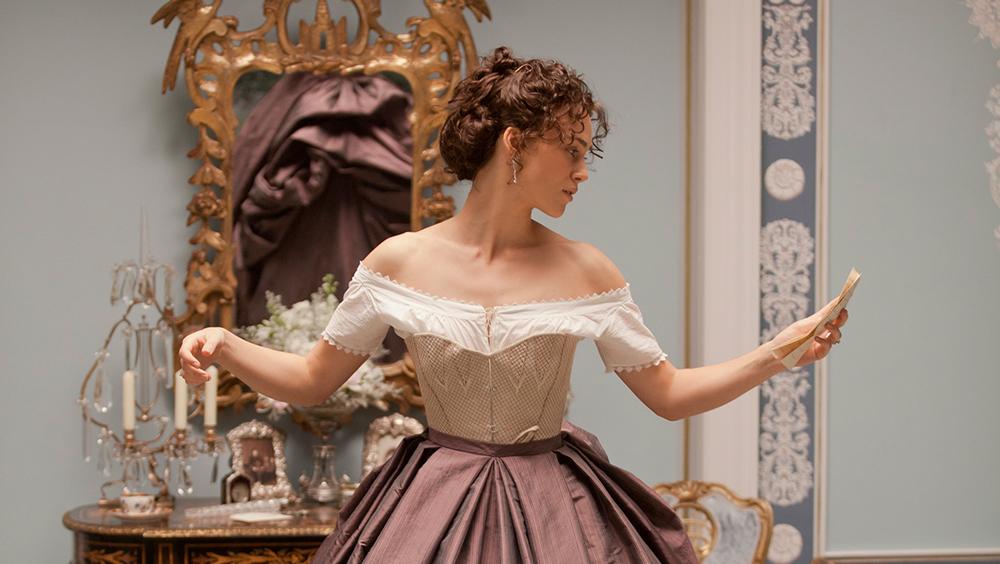 她穿遍了这世上最美的裙子,穿出了自己最美的样子