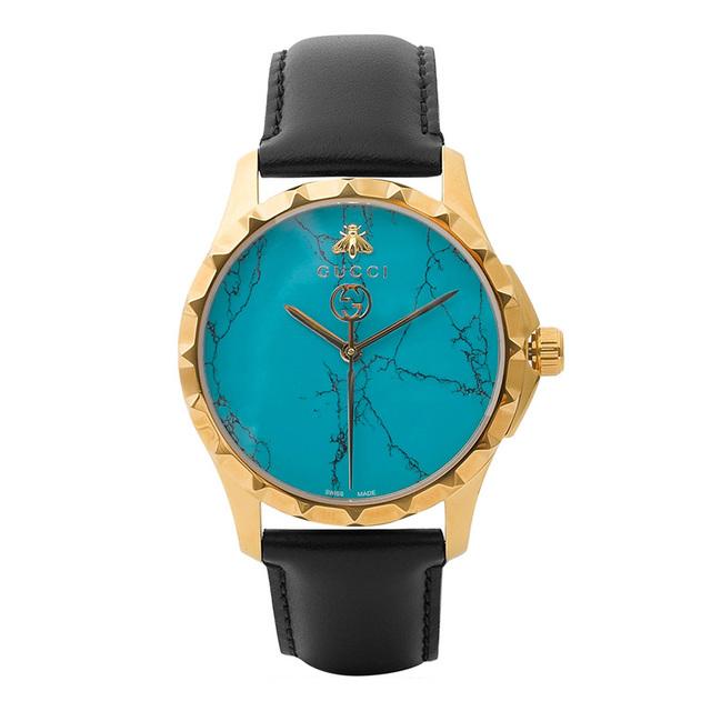 一款迷人的石英钟表