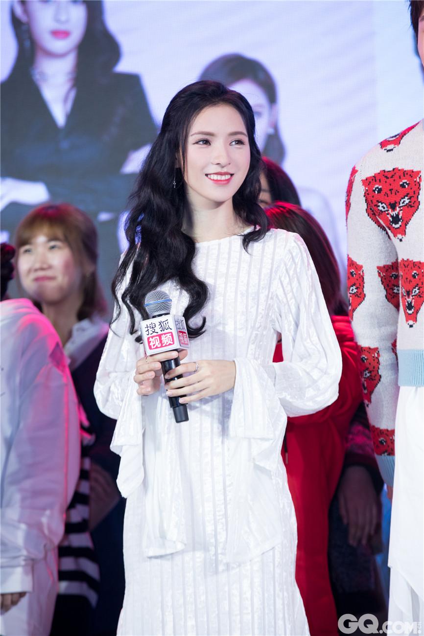 发布会当天,主演张予曦邢昭林、王若雪、辛瑞琪等优秀青年演员出席了发布会。