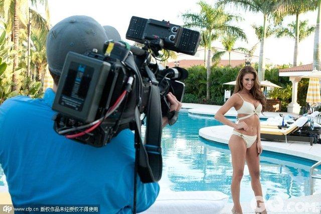 2015年1月5日讯,迈阿密,当地时间1月4日,第63届环球小姐参赛佳丽筹备比赛。