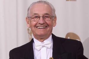 波兰电影导演安杰依-瓦依达去世 曾获奥斯卡终身成就奖享年90岁