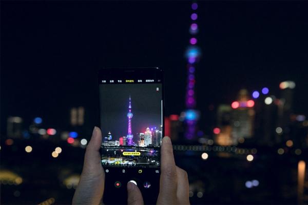 三星Galaxy S9/S9+ 完美复刻魔都的魅力夜景